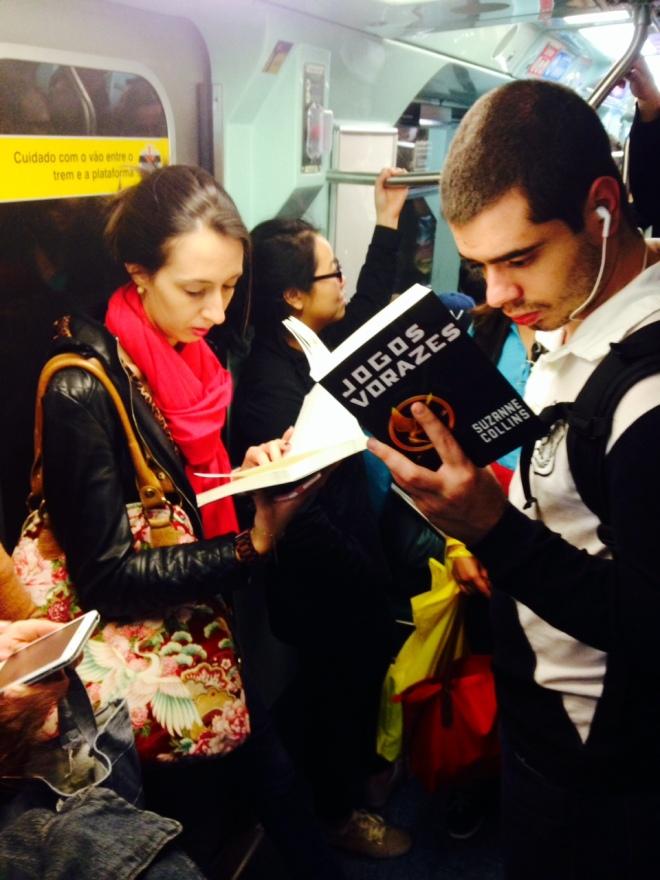 Ela lê