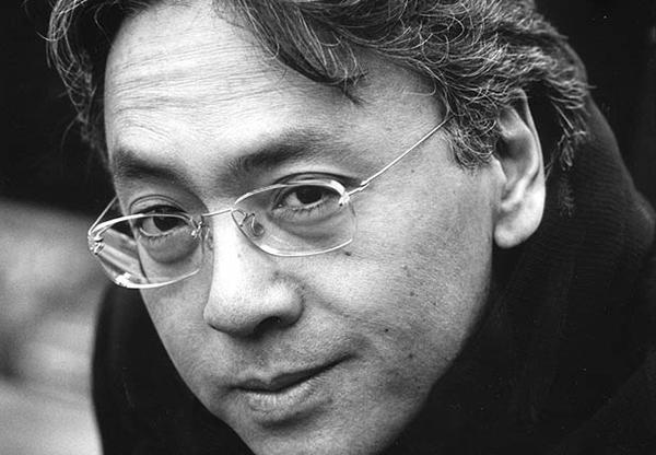 """Kazuo Ishiguro se arrisca no terreno da fantasia com """"O Gigante Enterrado"""""""